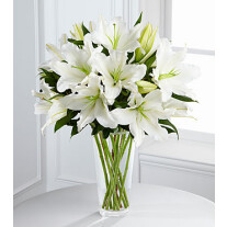 S4-4443 The FTD Light in Your Honor Bouquet